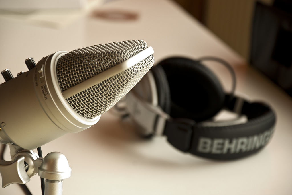 Why Include Podcasting In Your Content Marketing Strategies