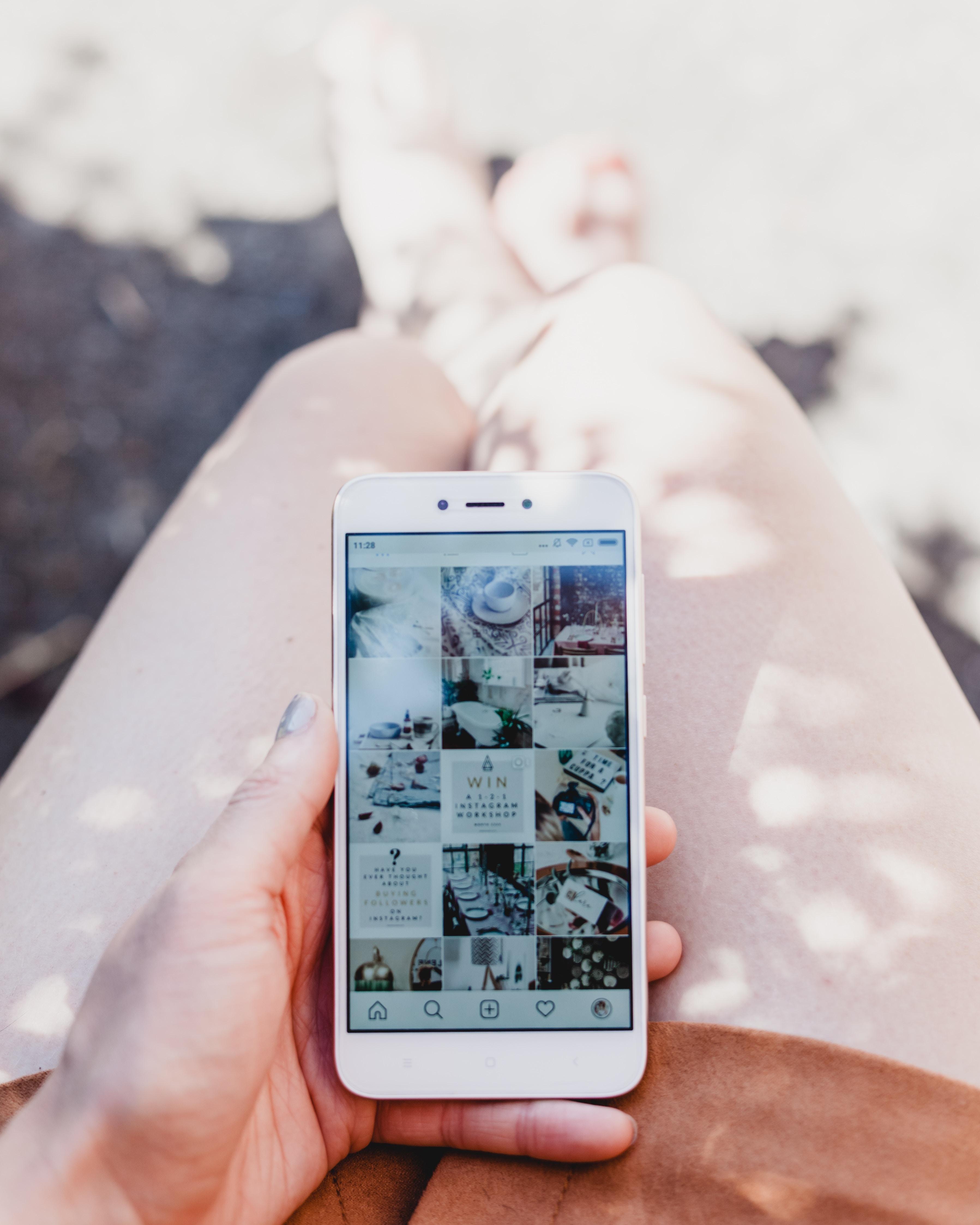 Instagram bird's eye feed